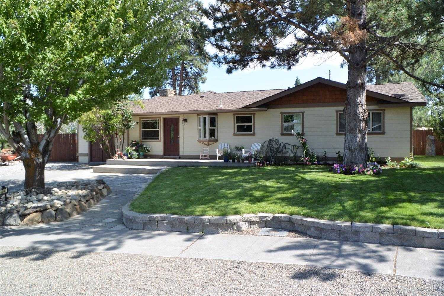 $389,000 - 3Br/2Ba -  for Sale in Bend