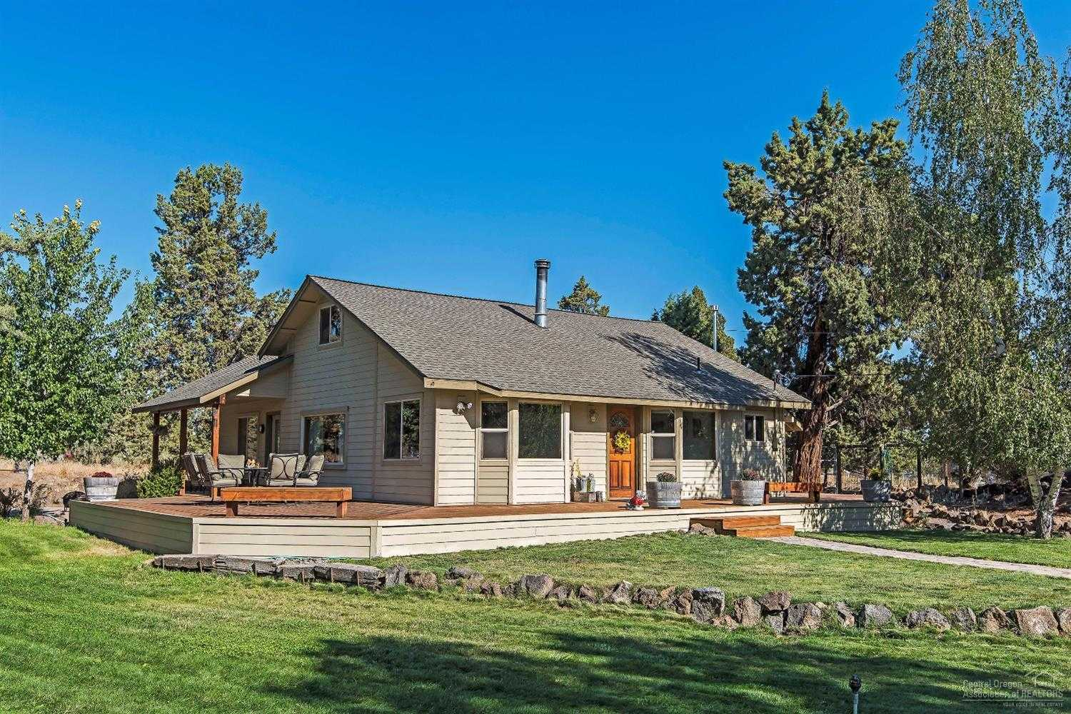 $499,900 - 3Br/2Ba -  for Sale in Bend