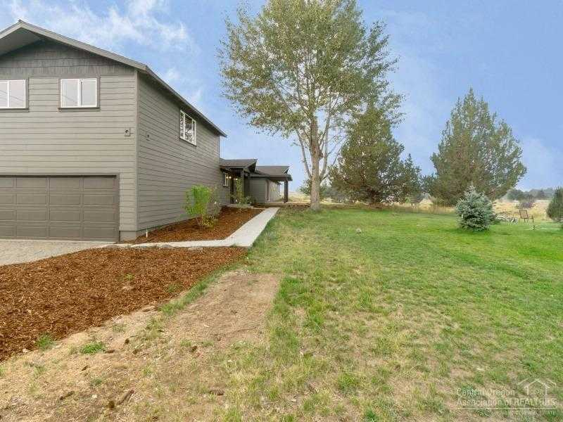 $549,000 - 4Br/2Ba -  for Sale in Bend