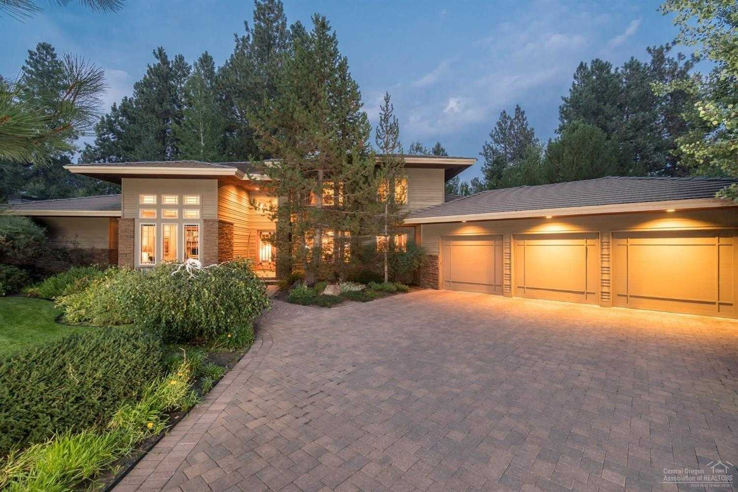 $1,500,000 - 4Br/5Ba -  for Sale in Bend