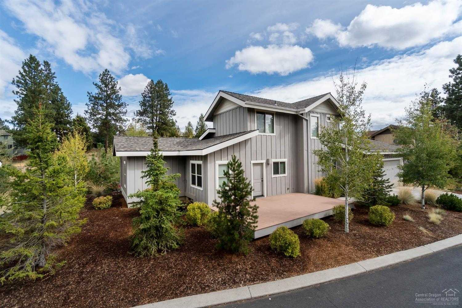 $514,000 - 3Br/3Ba -  for Sale in Bend