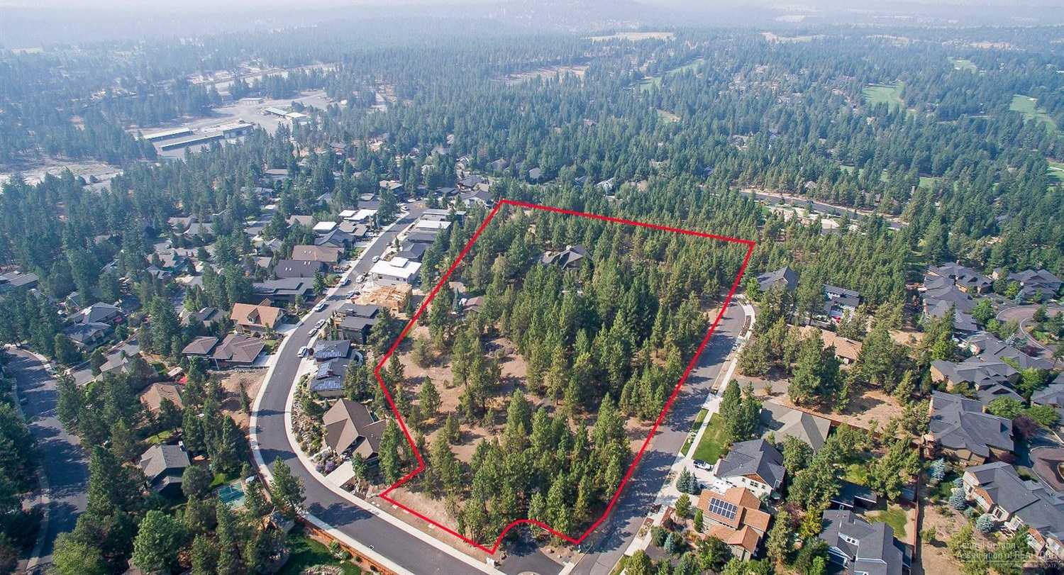 $4,300,000 - 3Br/3Ba -  for Sale in Bend
