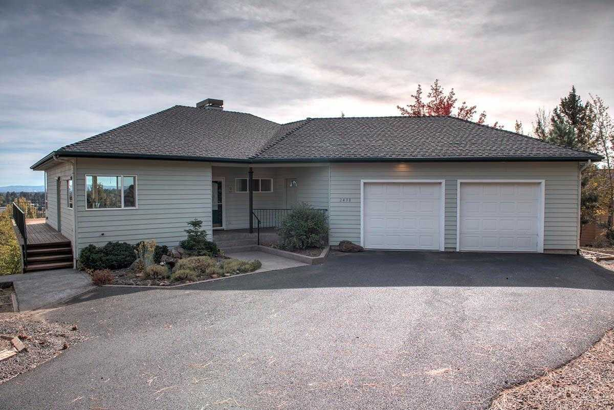 $550,000 - 3Br/2Ba -  for Sale in Bend
