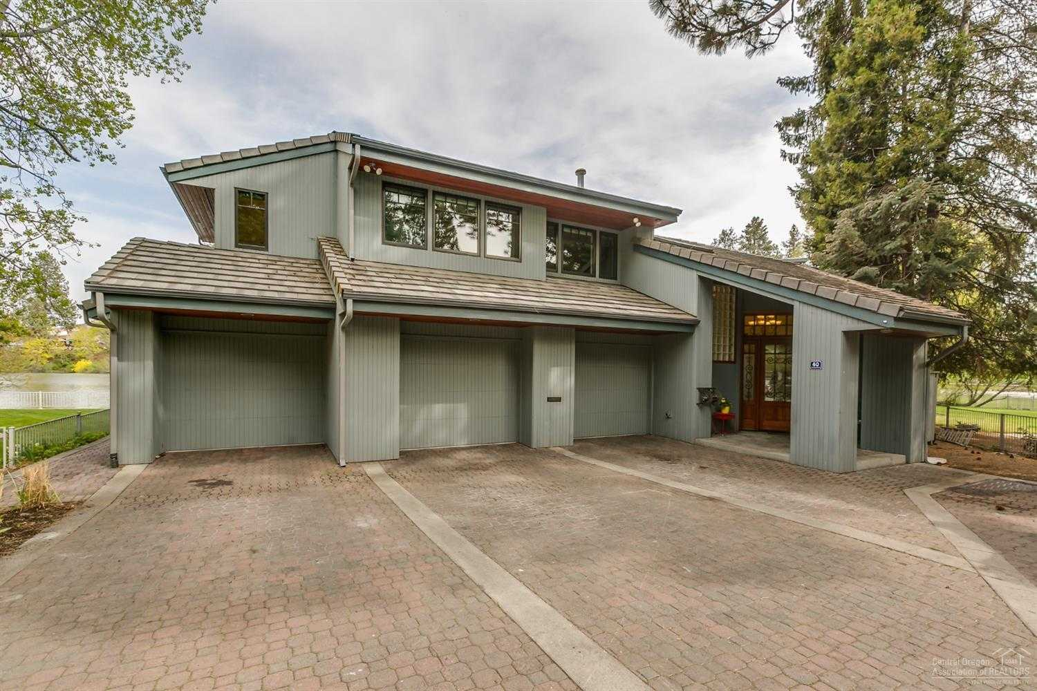 $2,100,000 - 3Br/3Ba -  for Sale in Bend