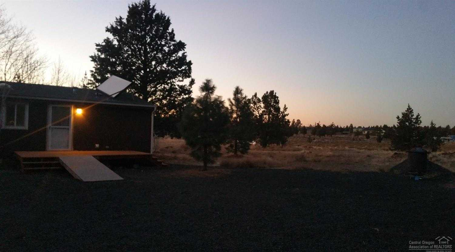 $245,000 - 3Br/2Ba -  for Sale in Bend