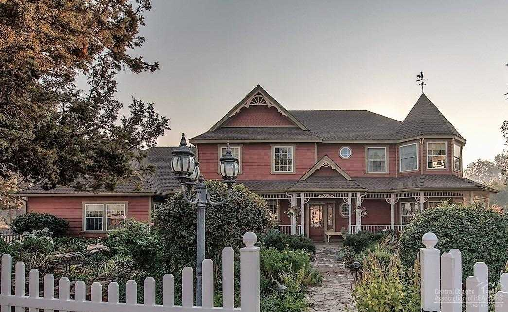 $1,499,000 - 5Br/4Ba -  for Sale in Bend
