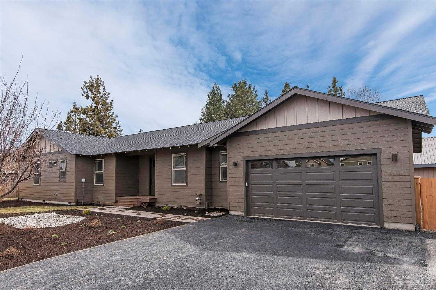$449,900 - 4Br/2Ba -  for Sale in Bend
