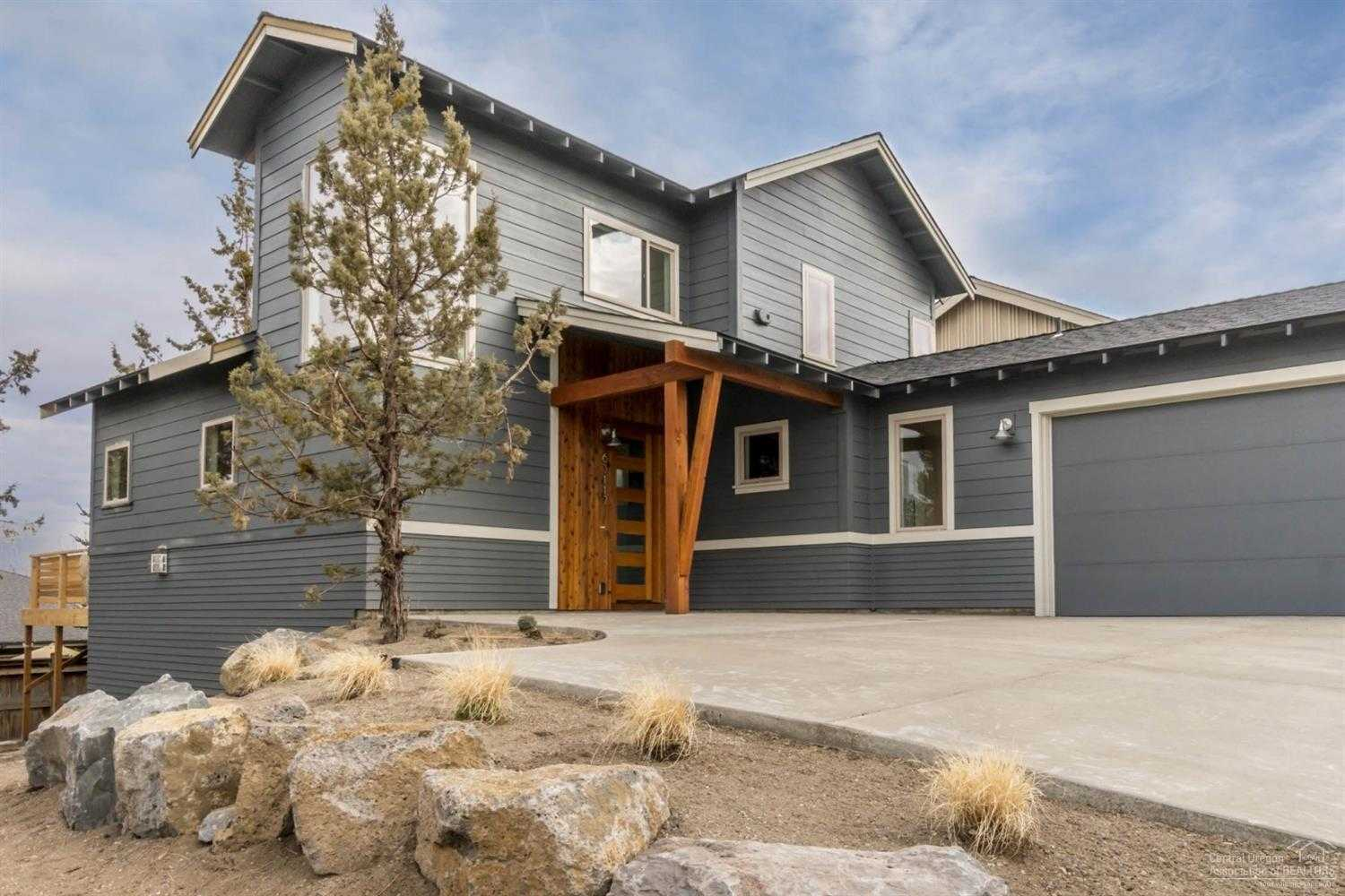 $465,000 - 3Br/3Ba -  for Sale in Bend