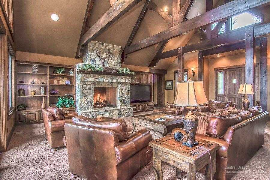 $1,579,000 - 4Br/6Ba -  for Sale in Bend