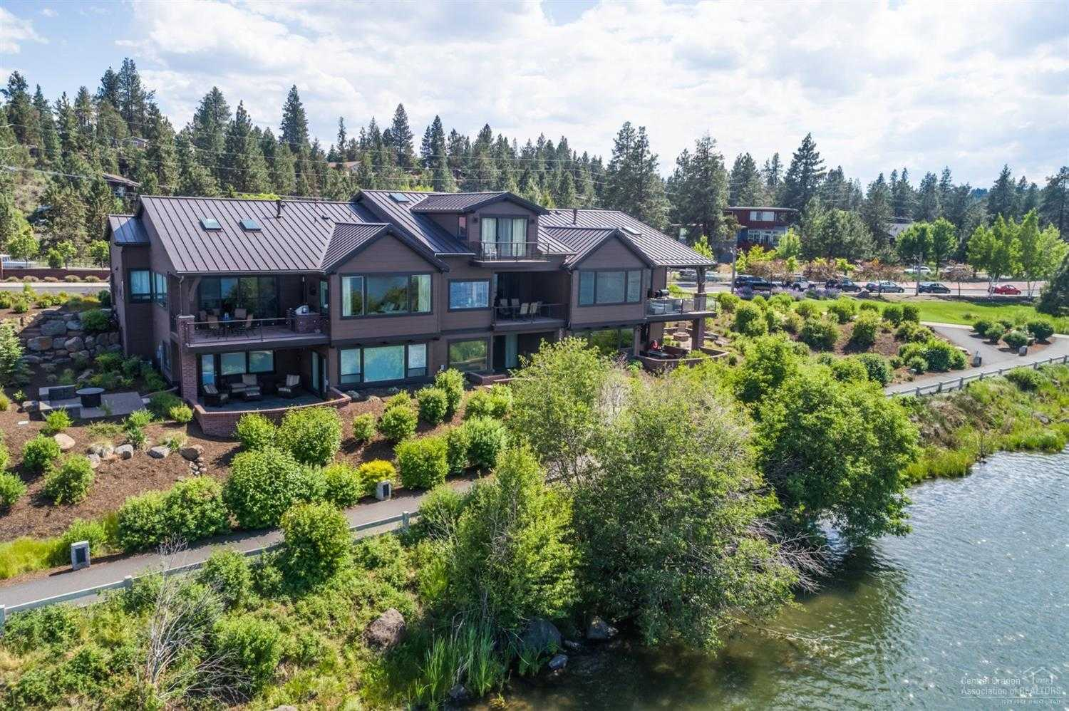 $1,500,000 - 3Br/4Ba -  for Sale in Bend