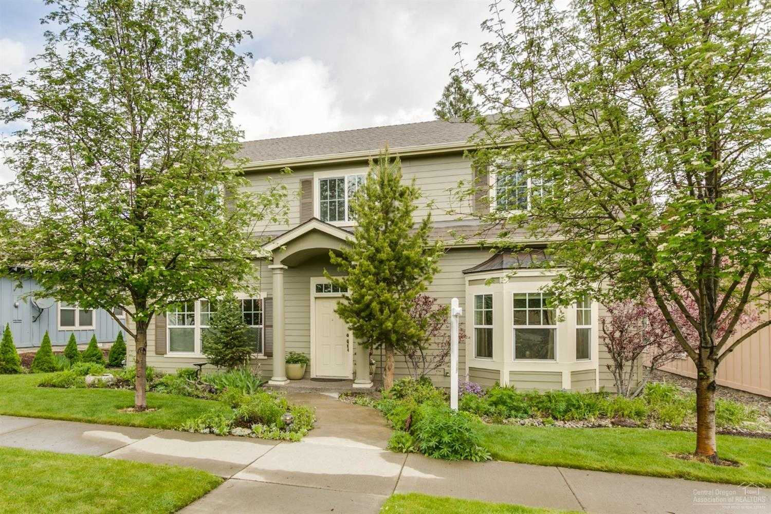 $474,900 - 3Br/2Ba -  for Sale in Bend