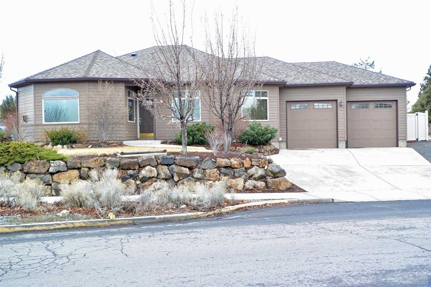 $435,000 - 3Br/3Ba -  for Sale in Bend