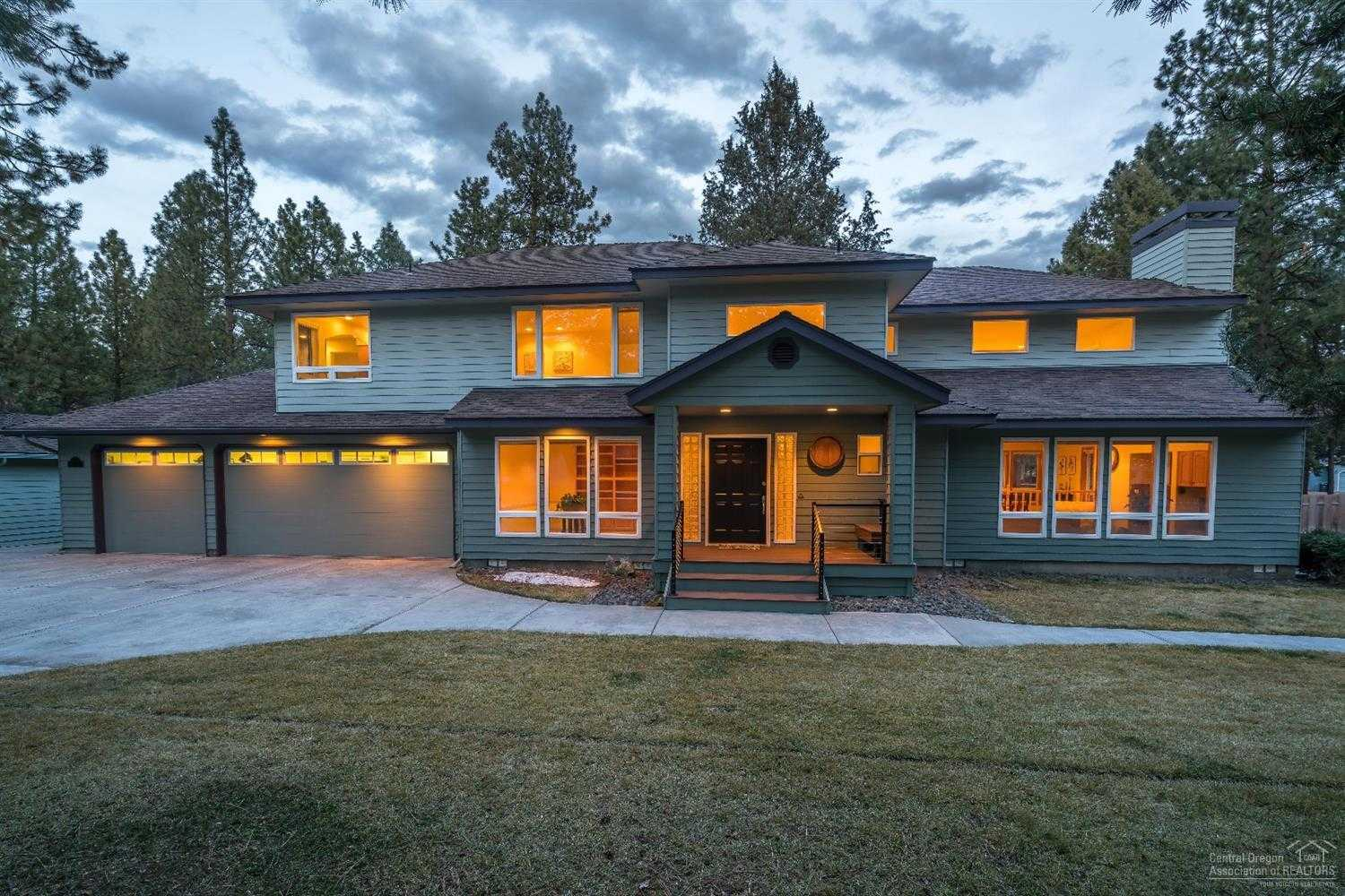 $619,000 - 3Br/3Ba -  for Sale in Bend