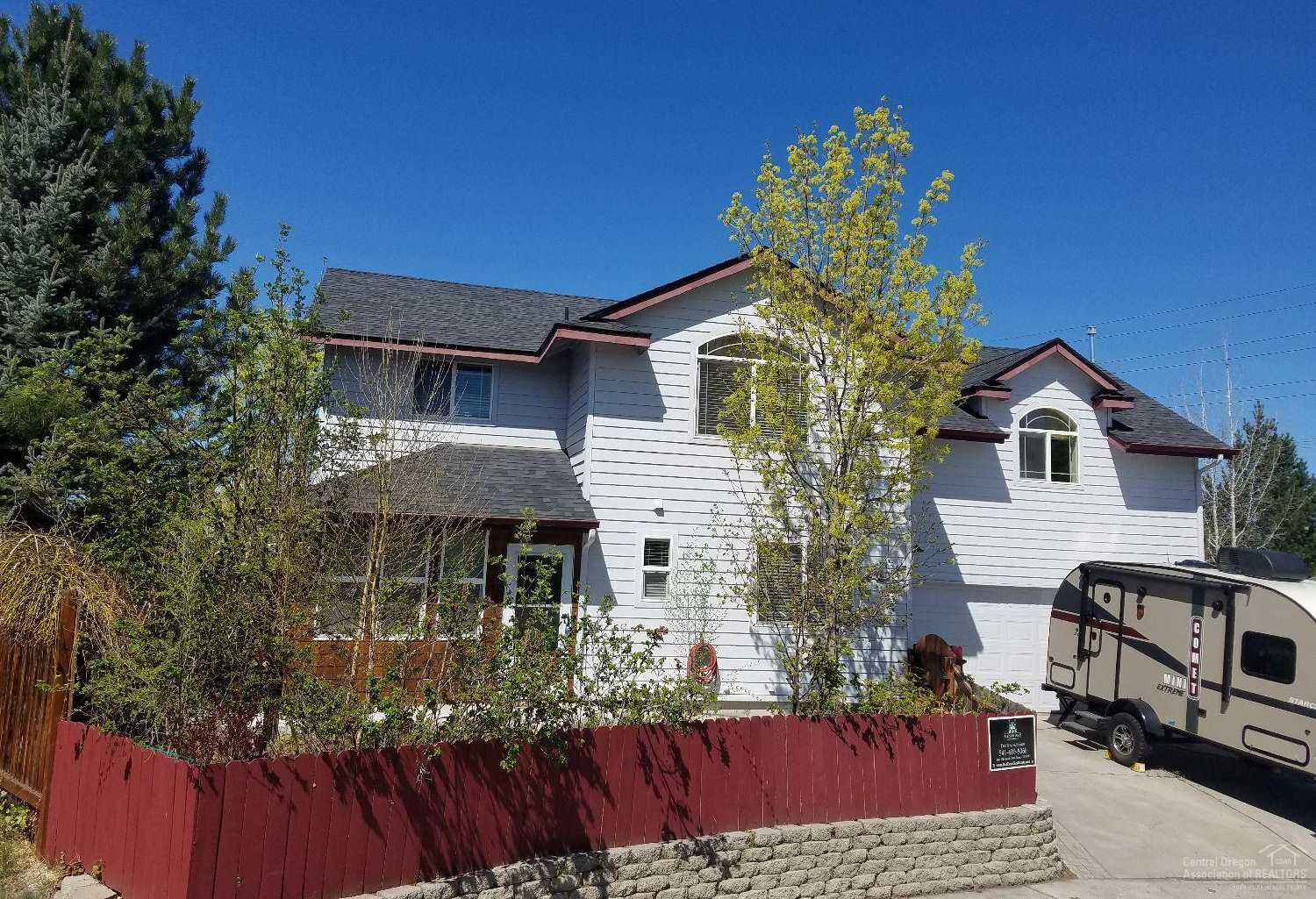 $364,000 - 4Br/3Ba -  for Sale in Bend