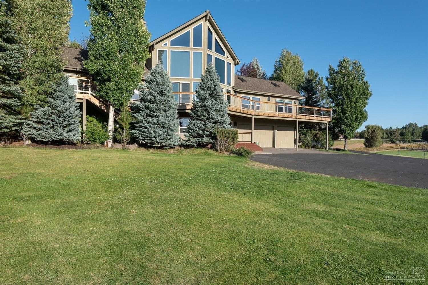 $1,700,000 - 4Br/4Ba -  for Sale in Bend