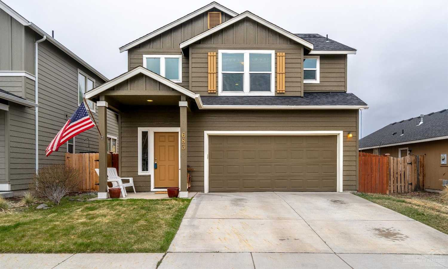 $339,000 - 3Br/3Ba -  for Sale in Bend