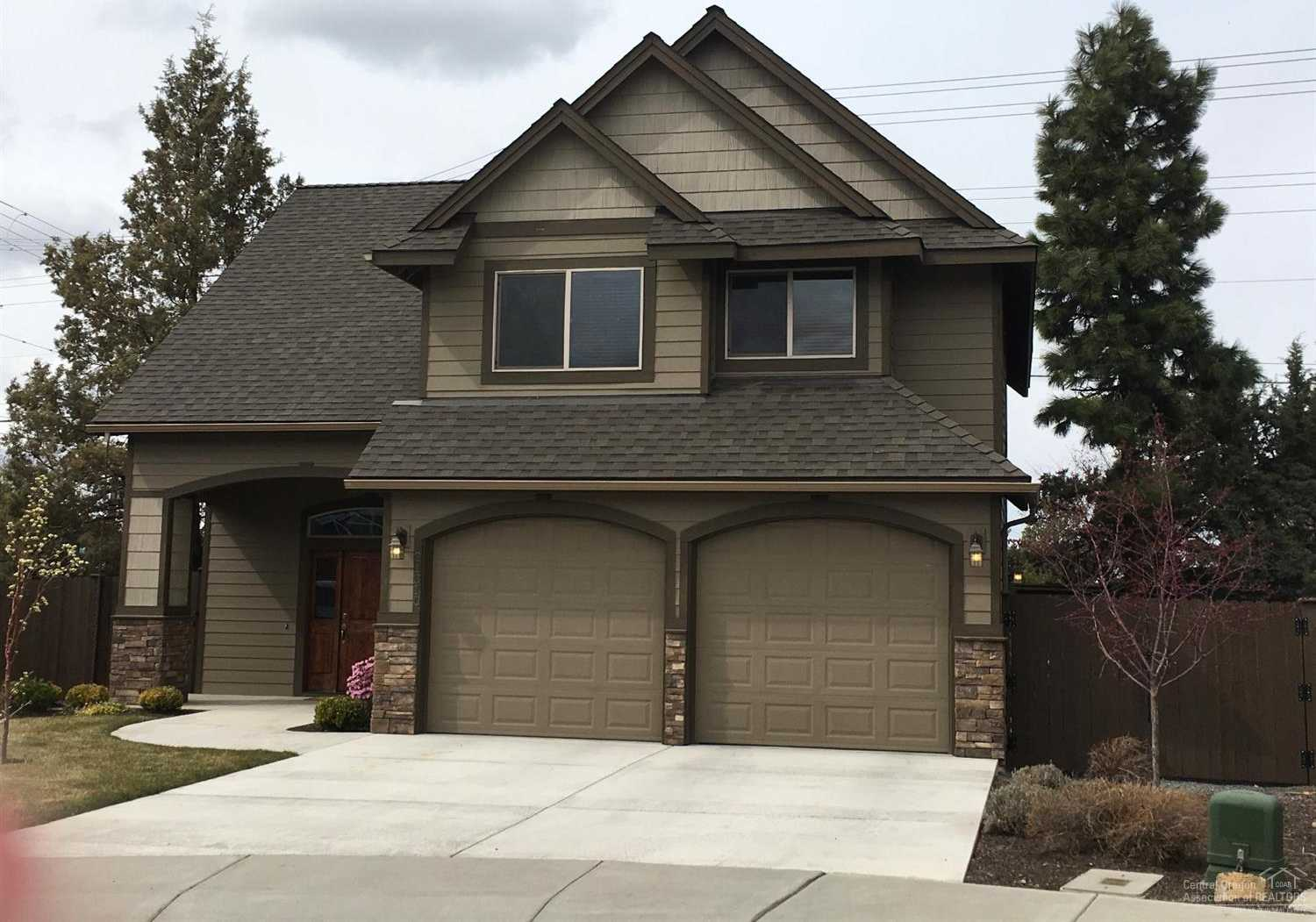 $365,000 - 3Br/3Ba -  for Sale in Bend