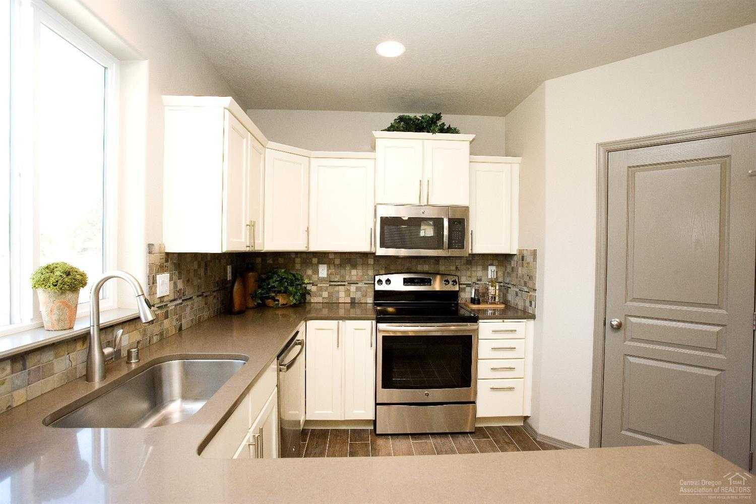 $387,473 - 4Br/3Ba -  for Sale in Bend