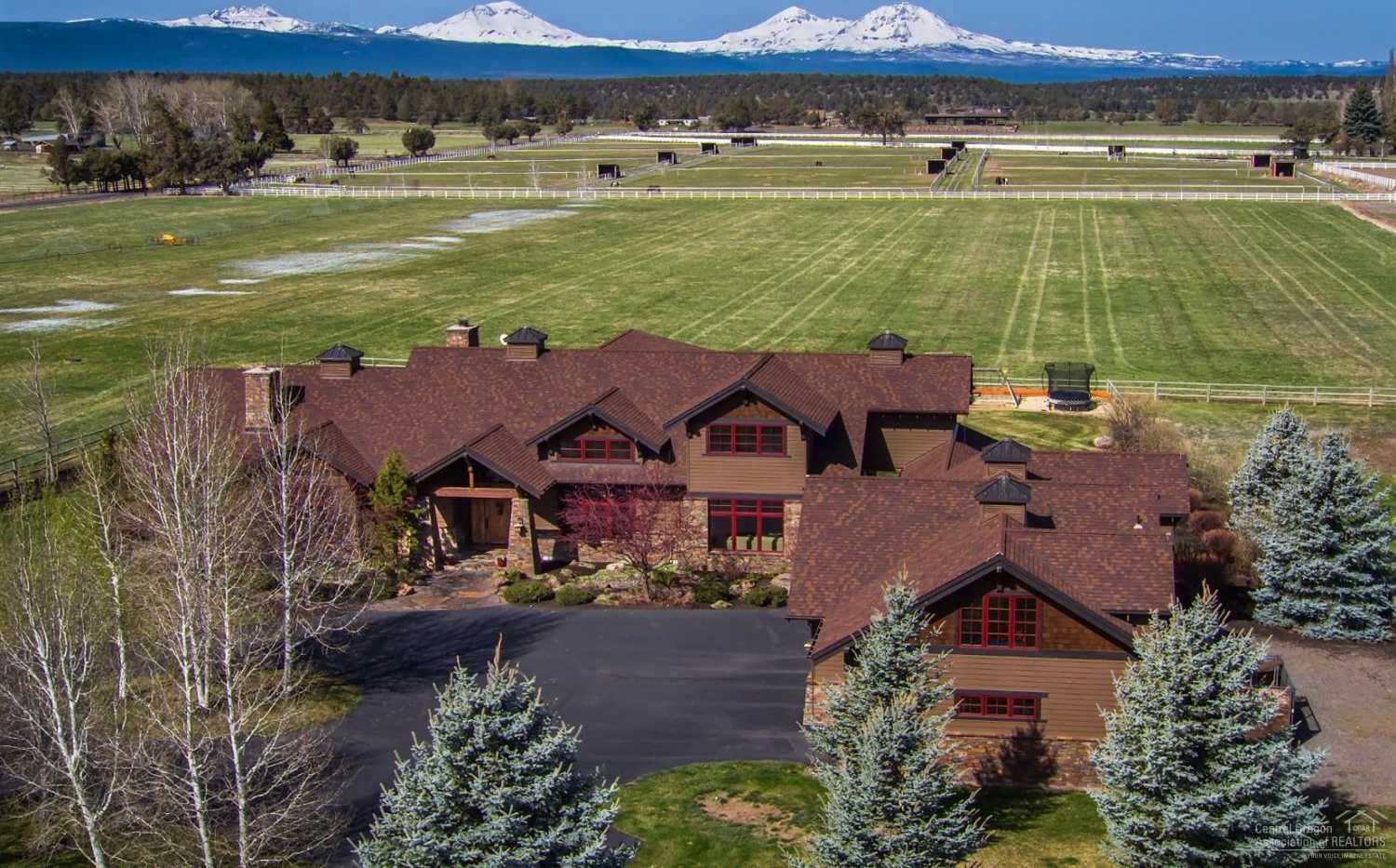 $1,995,000 - 5Br/5Ba -  for Sale in Bend