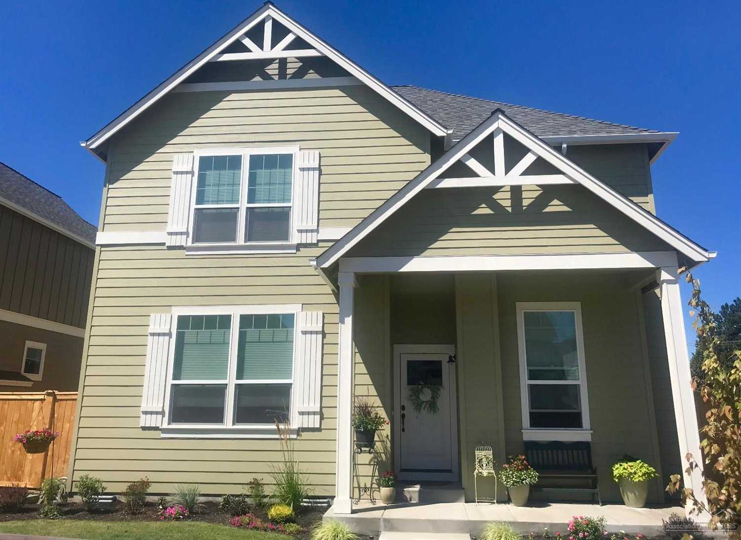 $392,300 - 4Br/3Ba -  for Sale in Bend