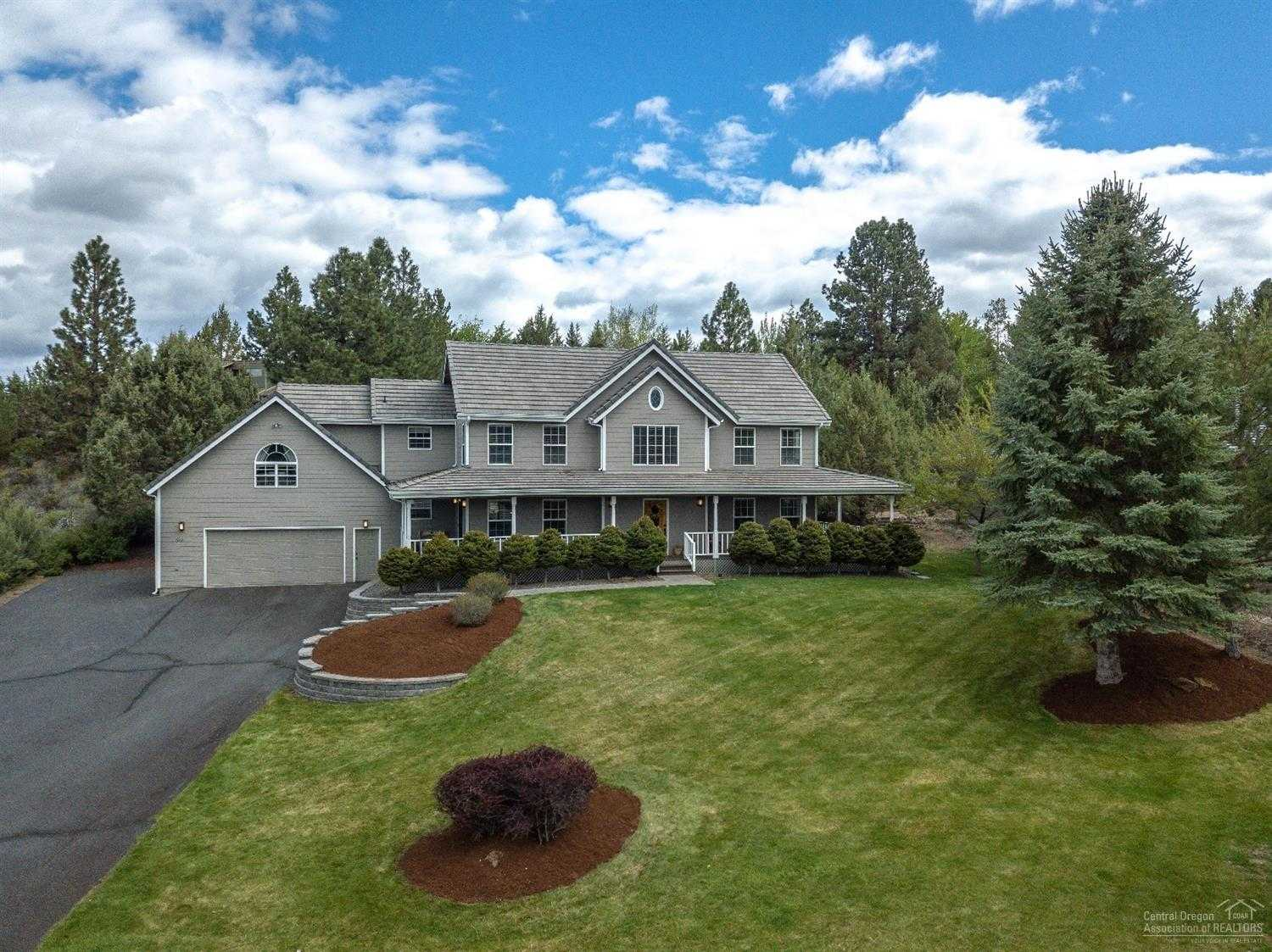 $675,000 - 4Br/3Ba -  for Sale in Bend