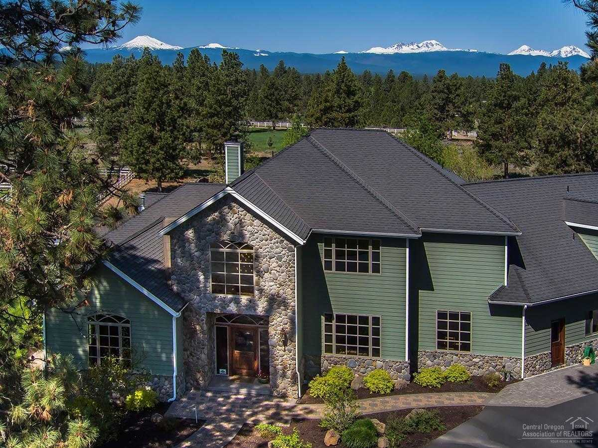 $3,350,000 - 5Br/5Ba -  for Sale in Bend