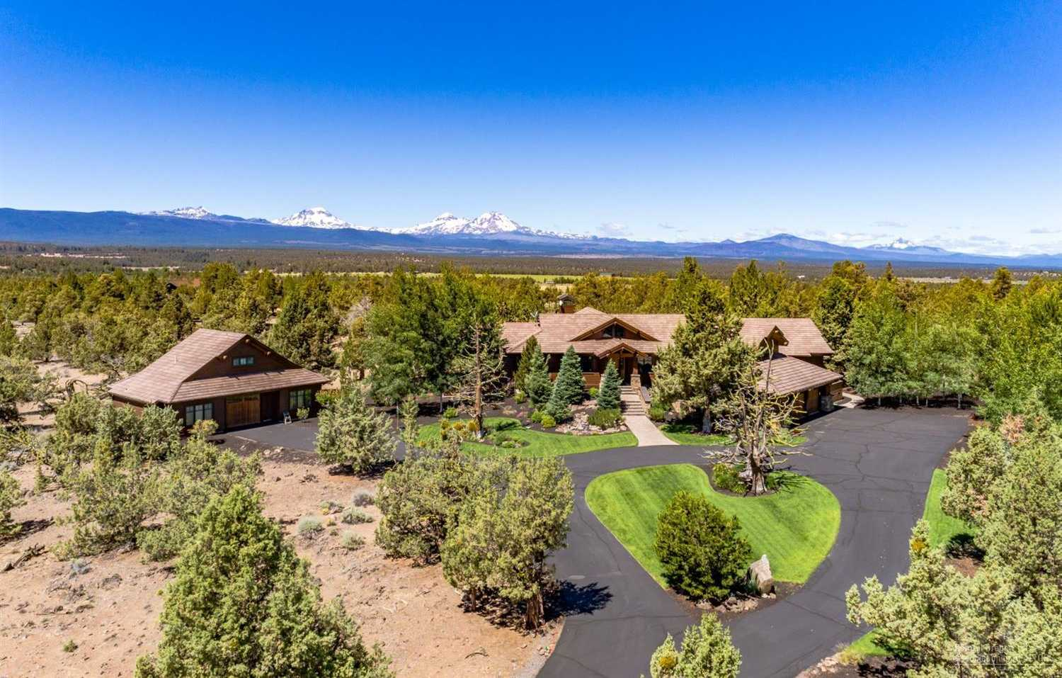 $1,725,000 - 3Br/4Ba -  for Sale in Bend