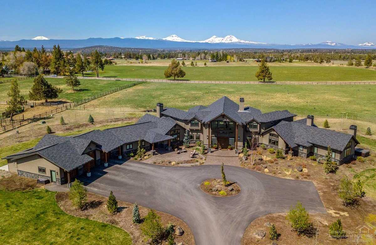 $3,500,000 - 6Br/8Ba -  for Sale in Bend