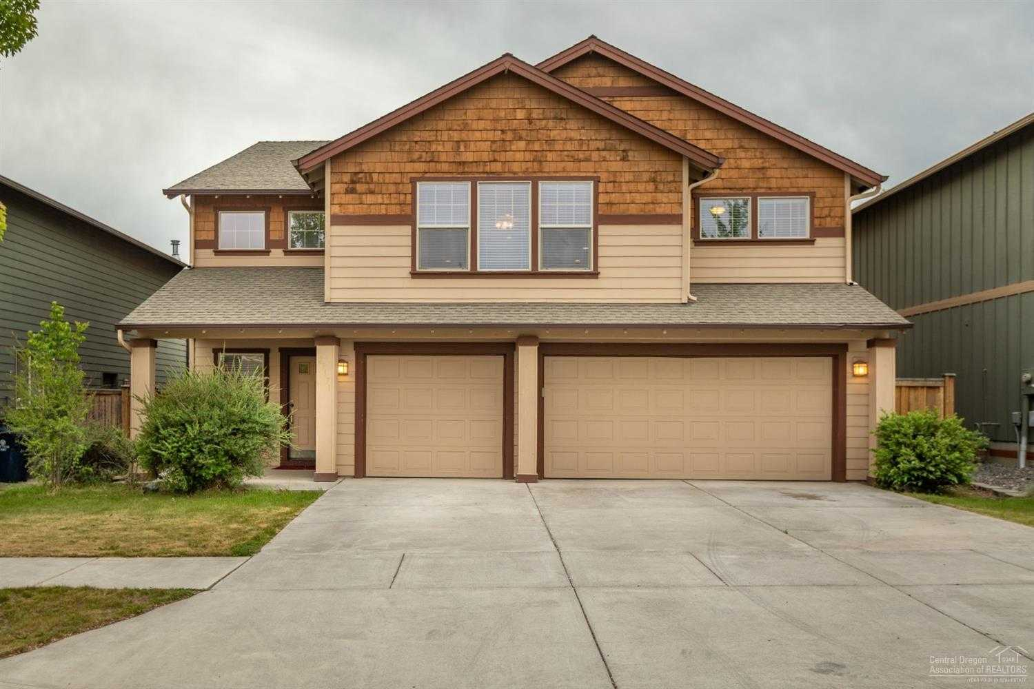 $405,000 - 4Br/3Ba -  for Sale in Bend