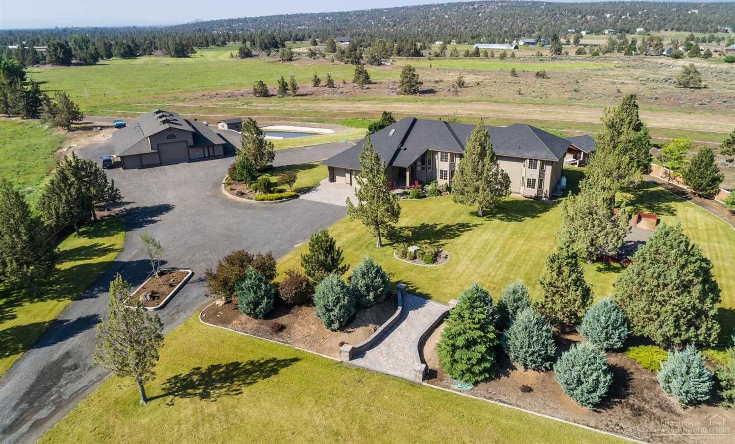 $1,685,000 - 6Br/6Ba -  for Sale in Bend