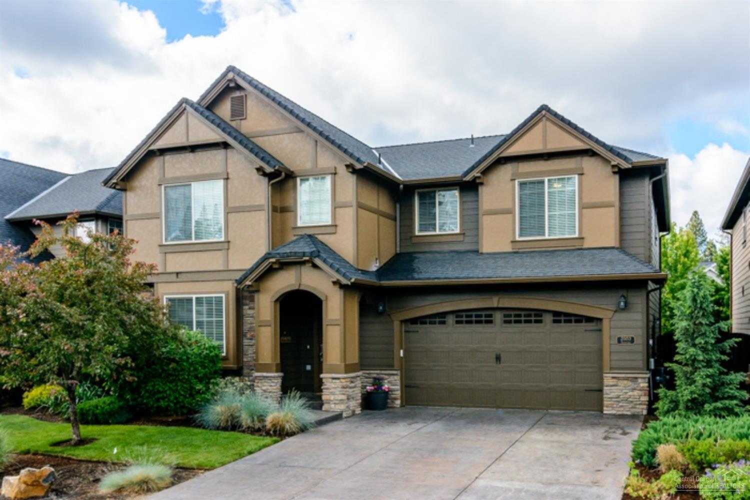 $539,900 - 4Br/3Ba -  for Sale in Bend