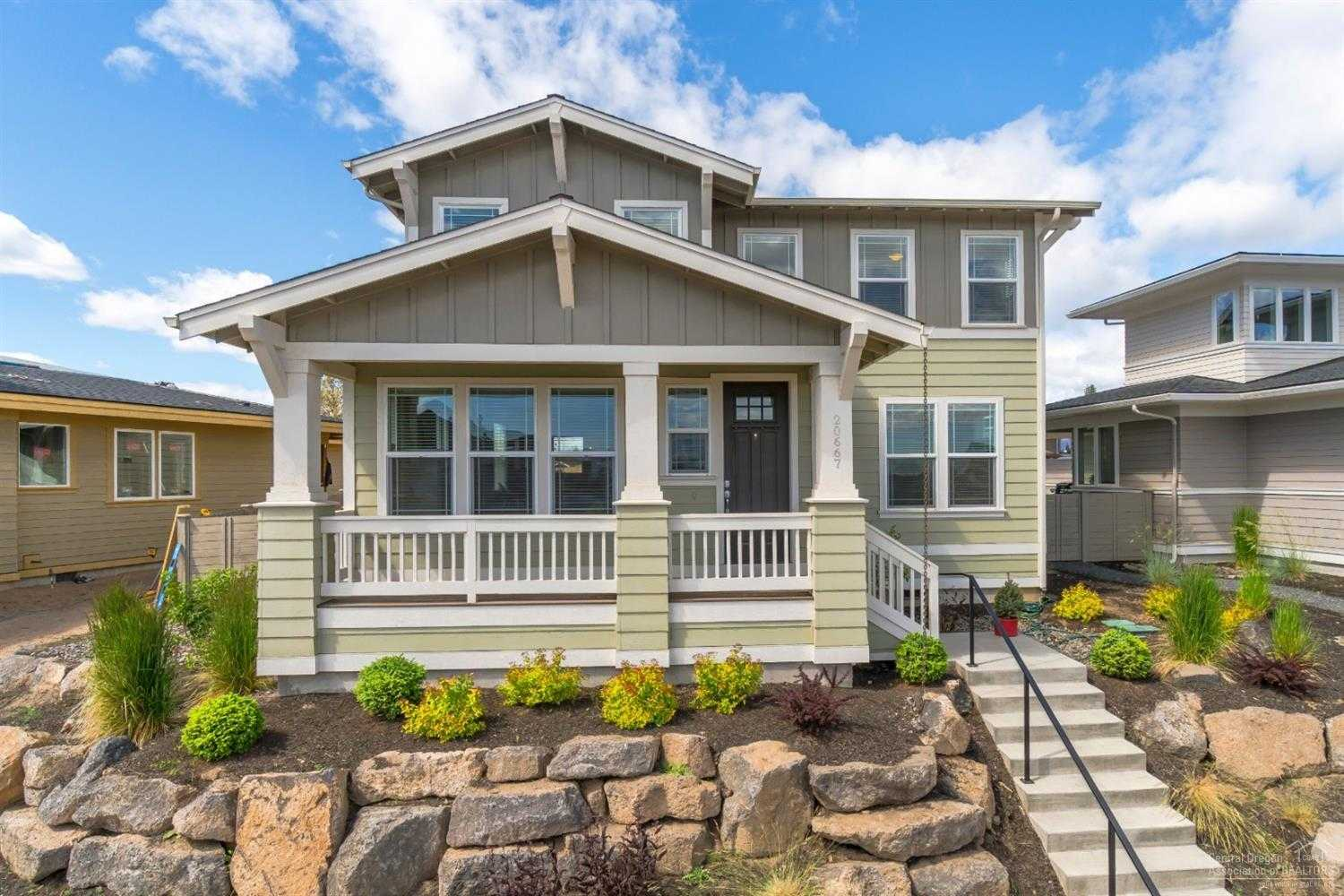 $524,900 - 4Br/3Ba -  for Sale in Bend
