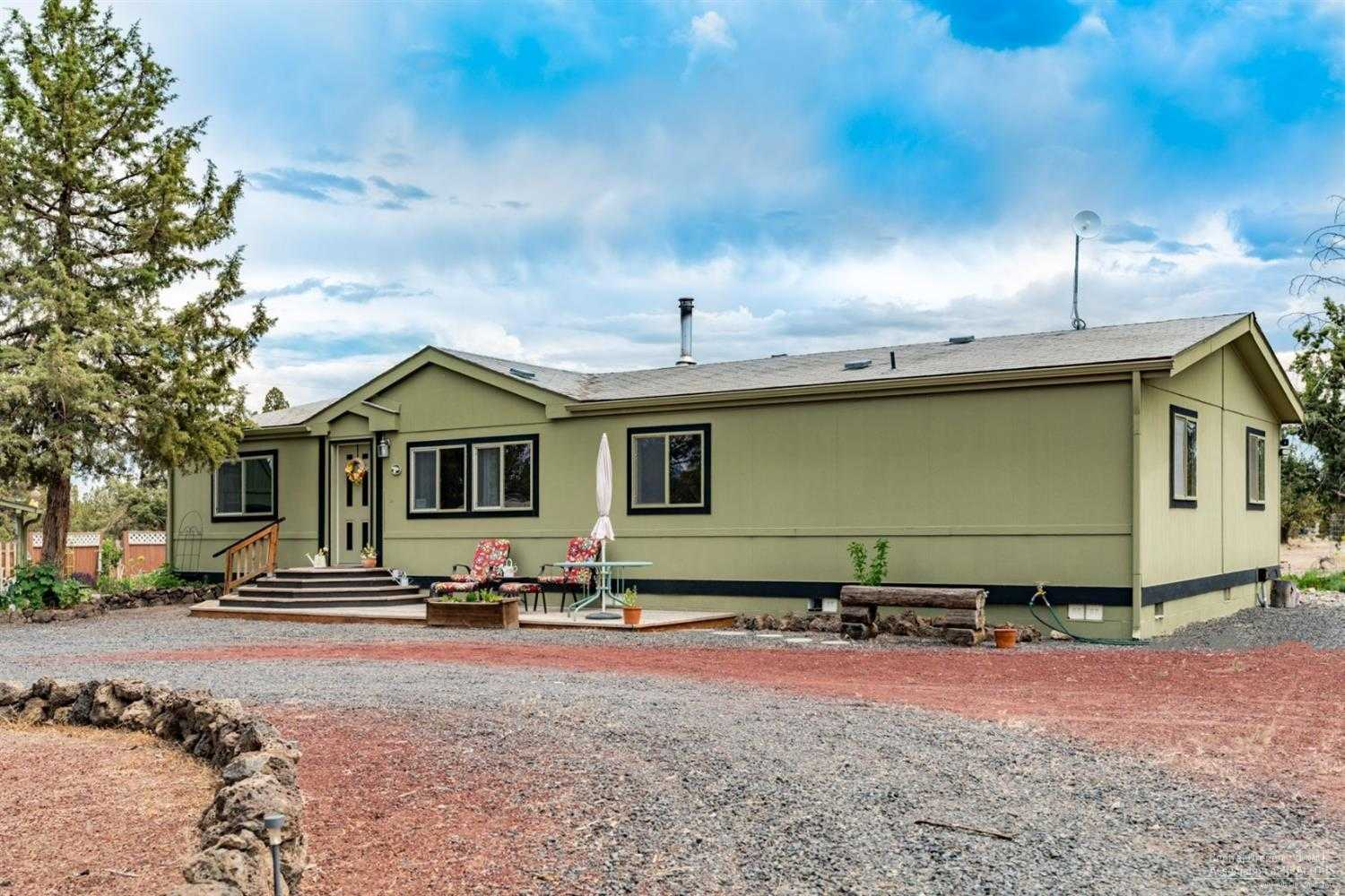 $329,000 - 3Br/2Ba -  for Sale in Bend