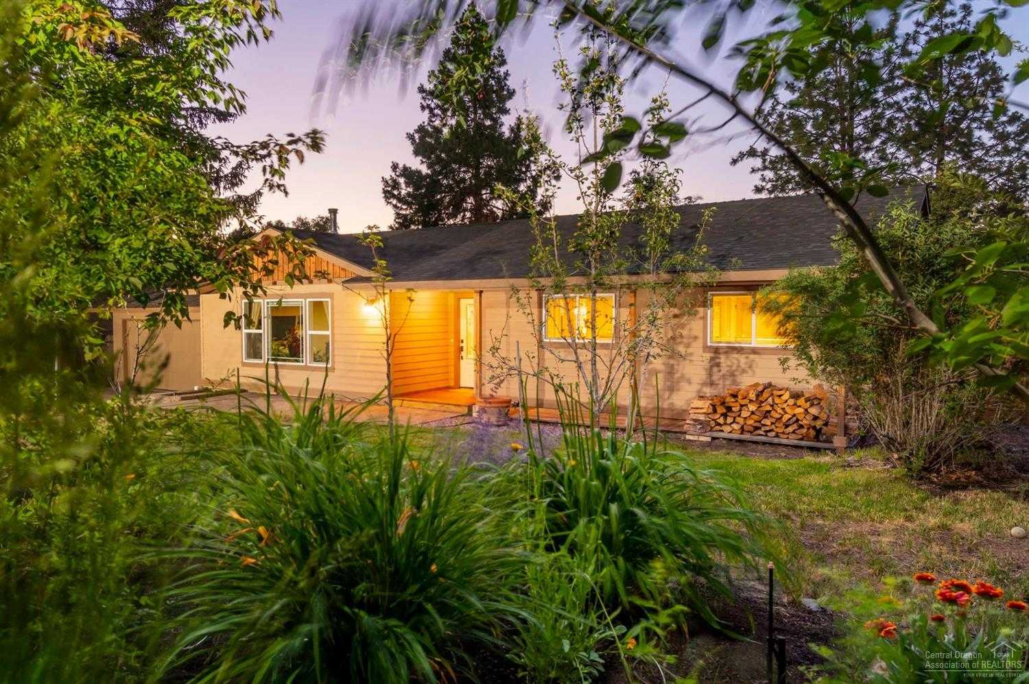 $429,000 - 3Br/2Ba -  for Sale in Bend