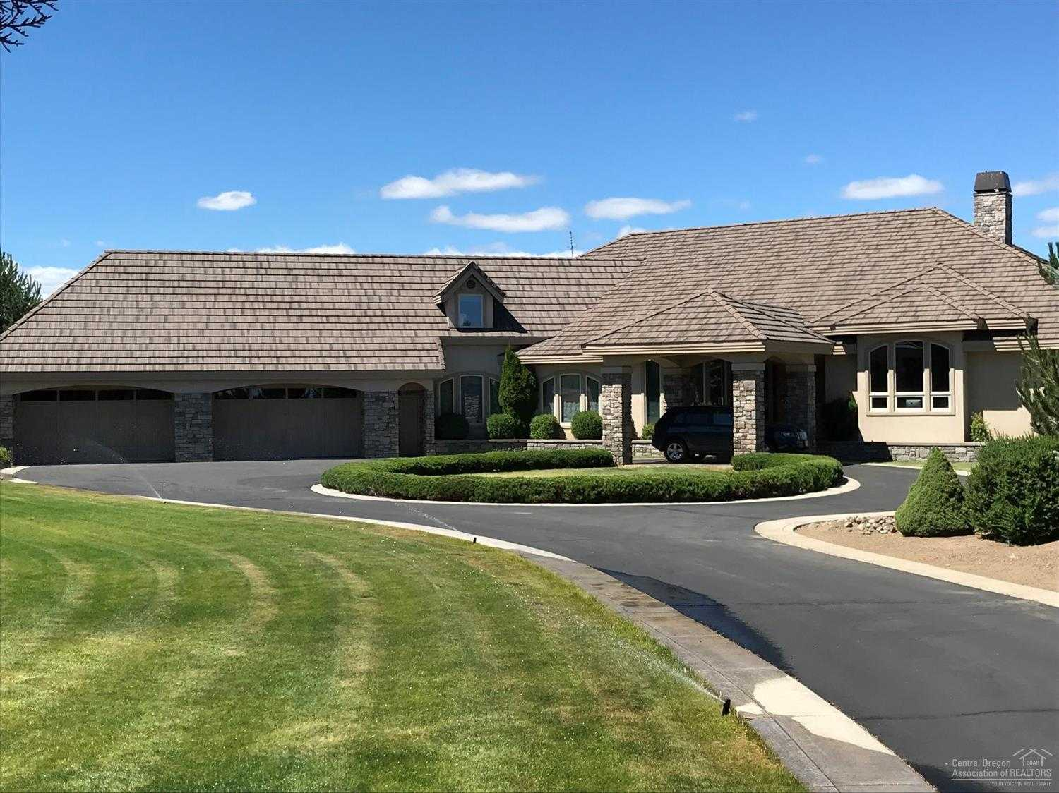 $2,399,999 - 6Br/5Ba -  for Sale in Bend