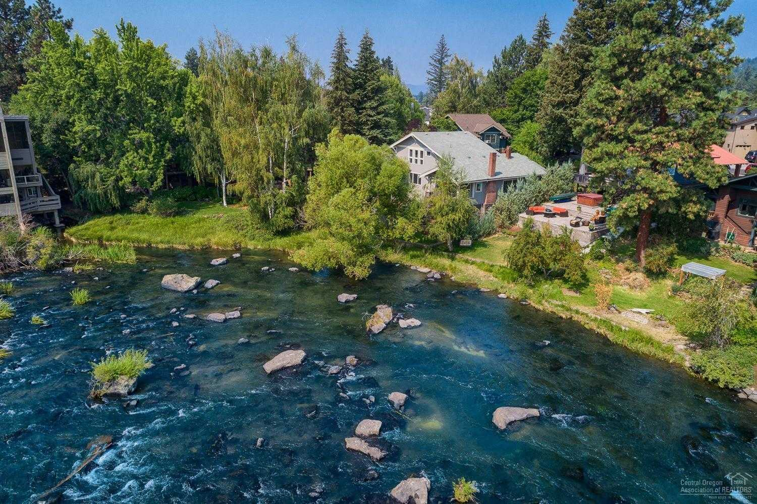 $1,850,000 - 4Br/4Ba -  for Sale in Bend