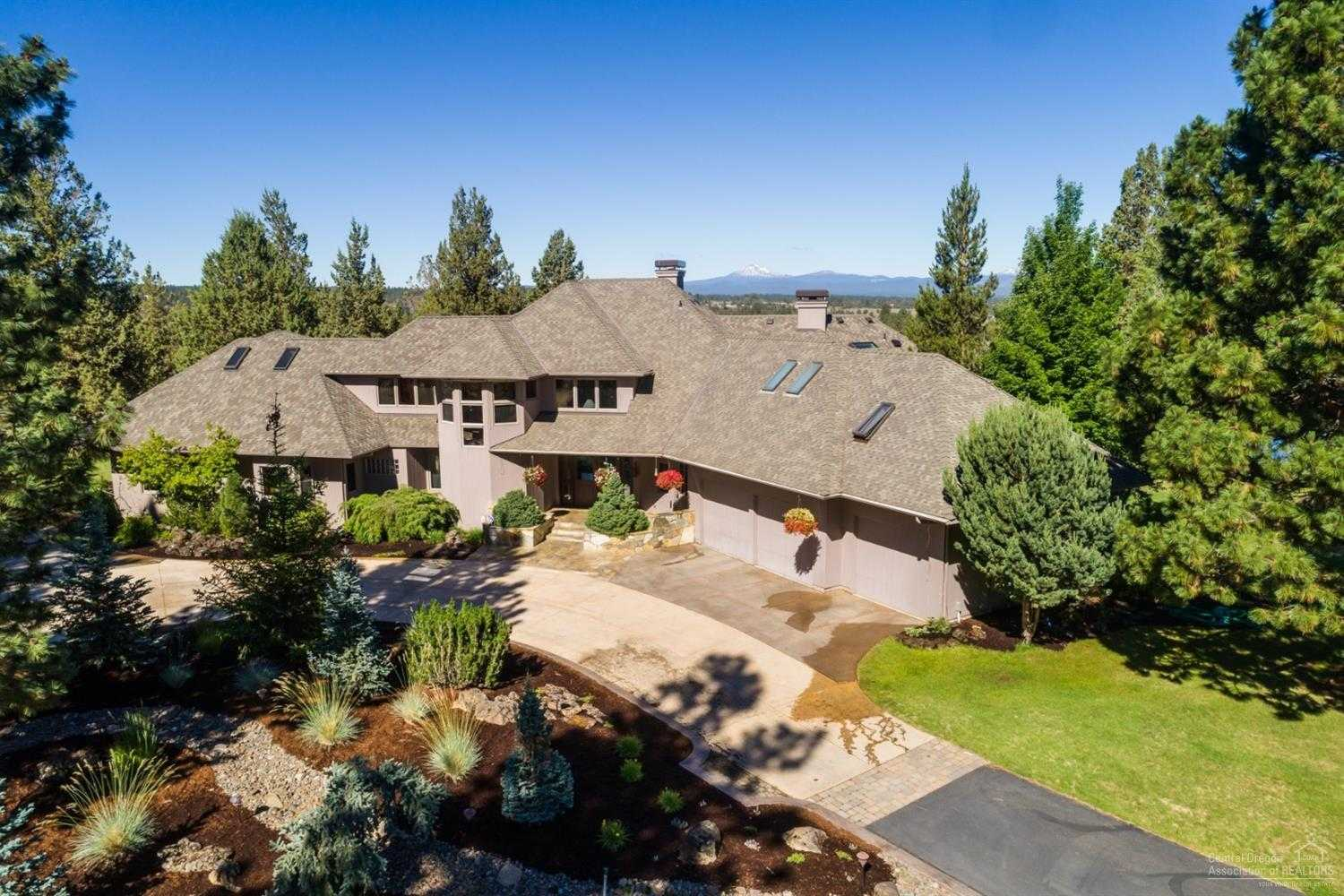 $3,200,000 - 4Br/6Ba -  for Sale in Bend