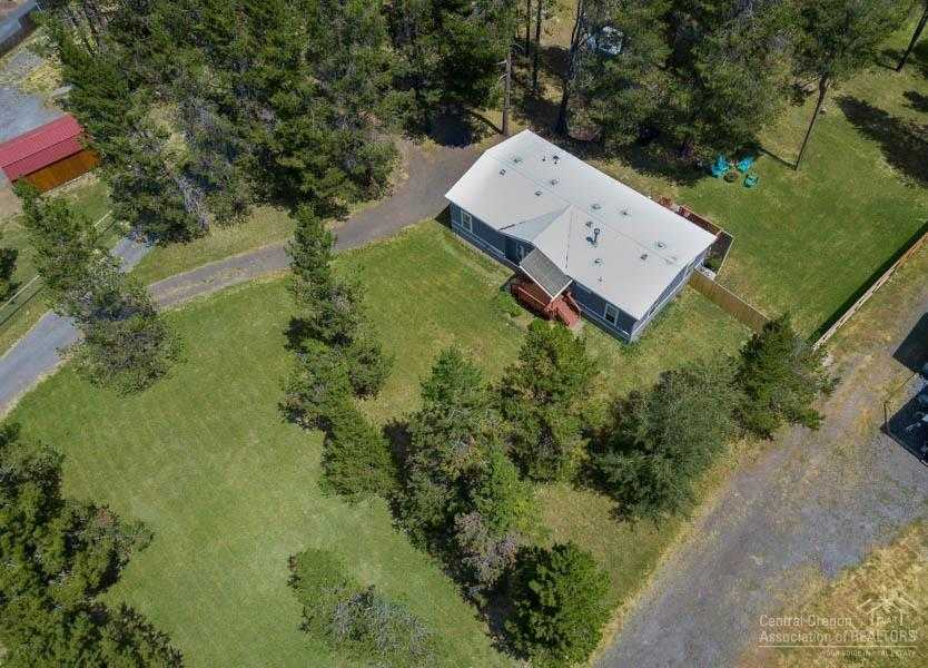 $235,000 - 3Br/2Ba -  for Sale in Bend