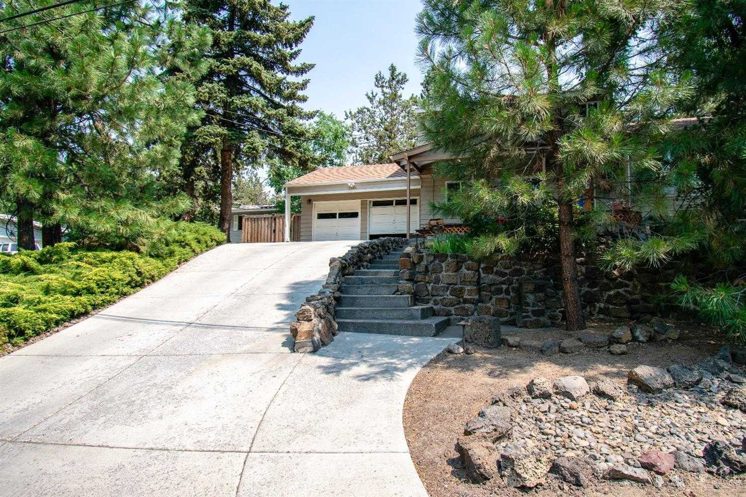 $390,000 - 4Br/2Ba -  for Sale in Bend