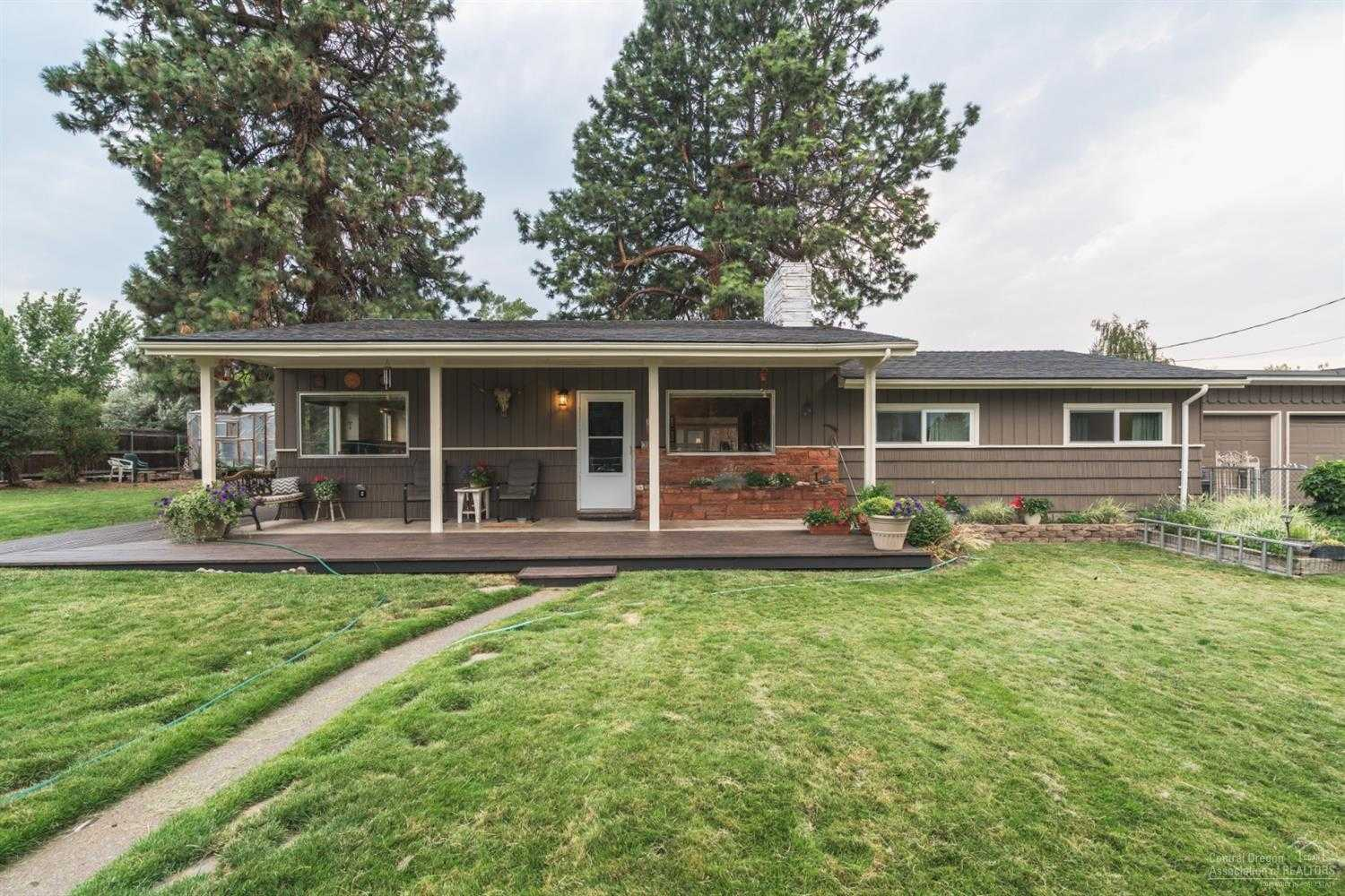 $469,000 - 3Br/2Ba -  for Sale in Bend