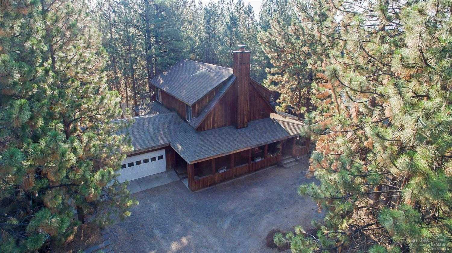$425,000 - 3Br/2Ba -  for Sale in Bend