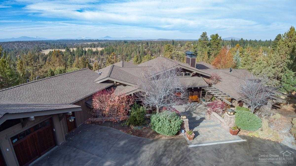 $1,959,000 - 3Br/3Ba -  for Sale in Bend