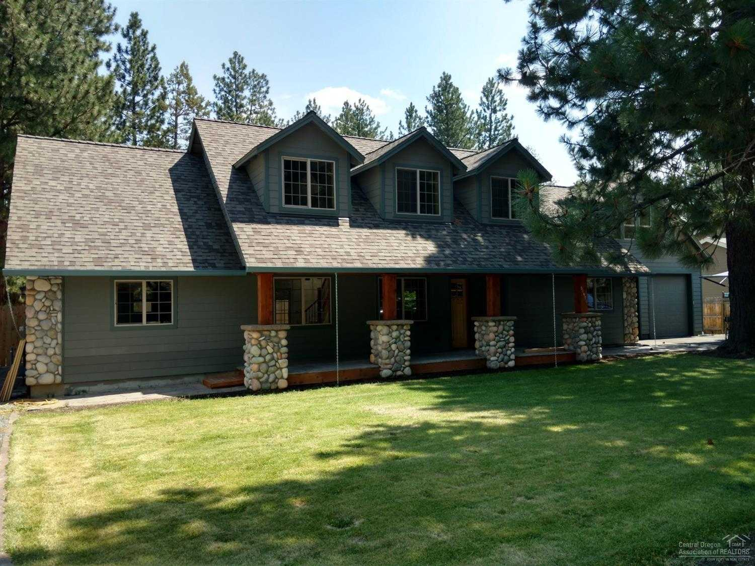 $549,500 - 4Br/4Ba -  for Sale in Bend