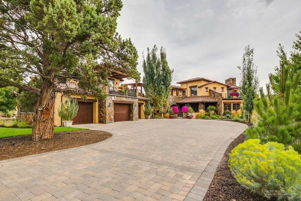 $2,900,000 - 3Br/4Ba -  for Sale in Bend