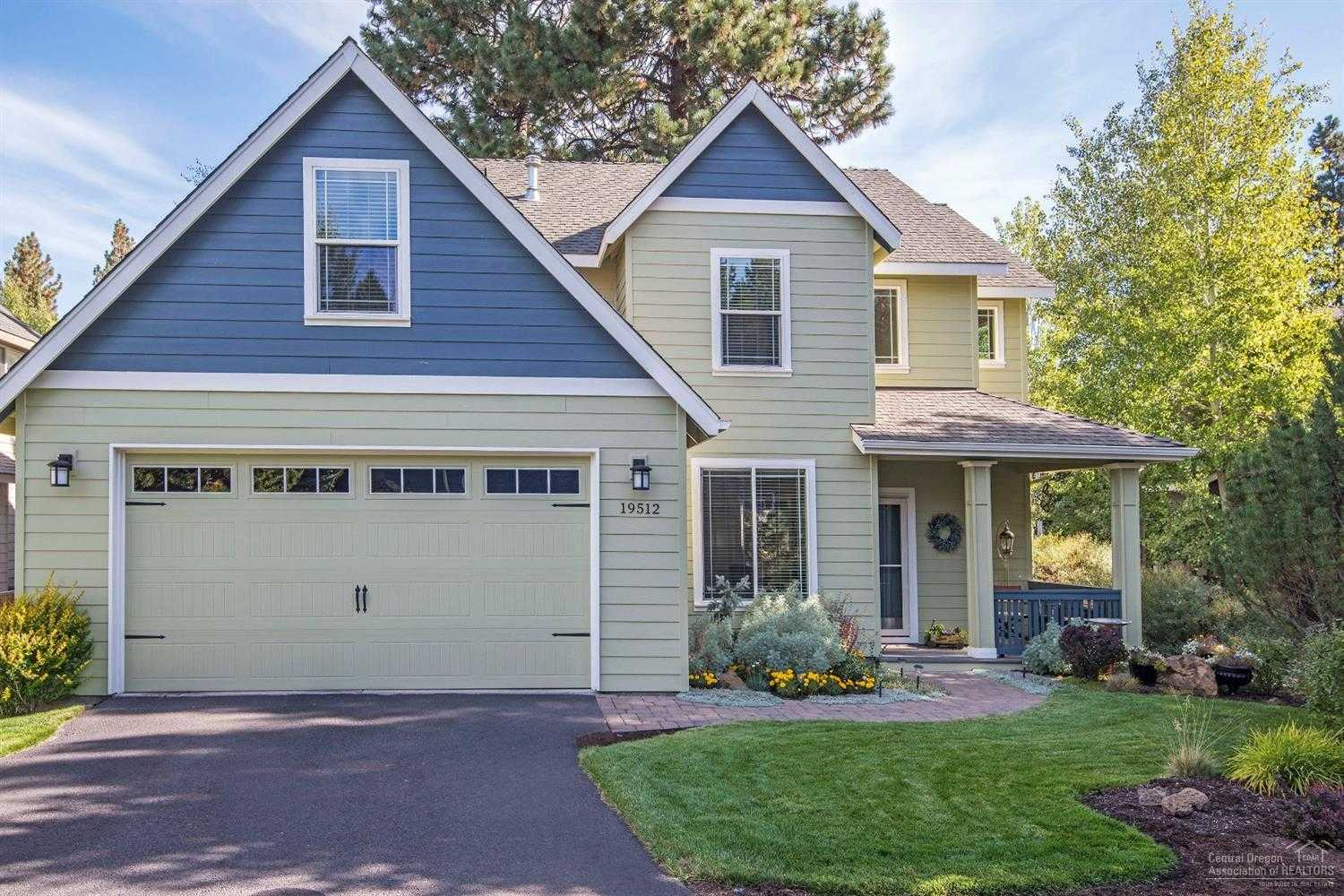 $510,000 - 3Br/3Ba -  for Sale in Bend