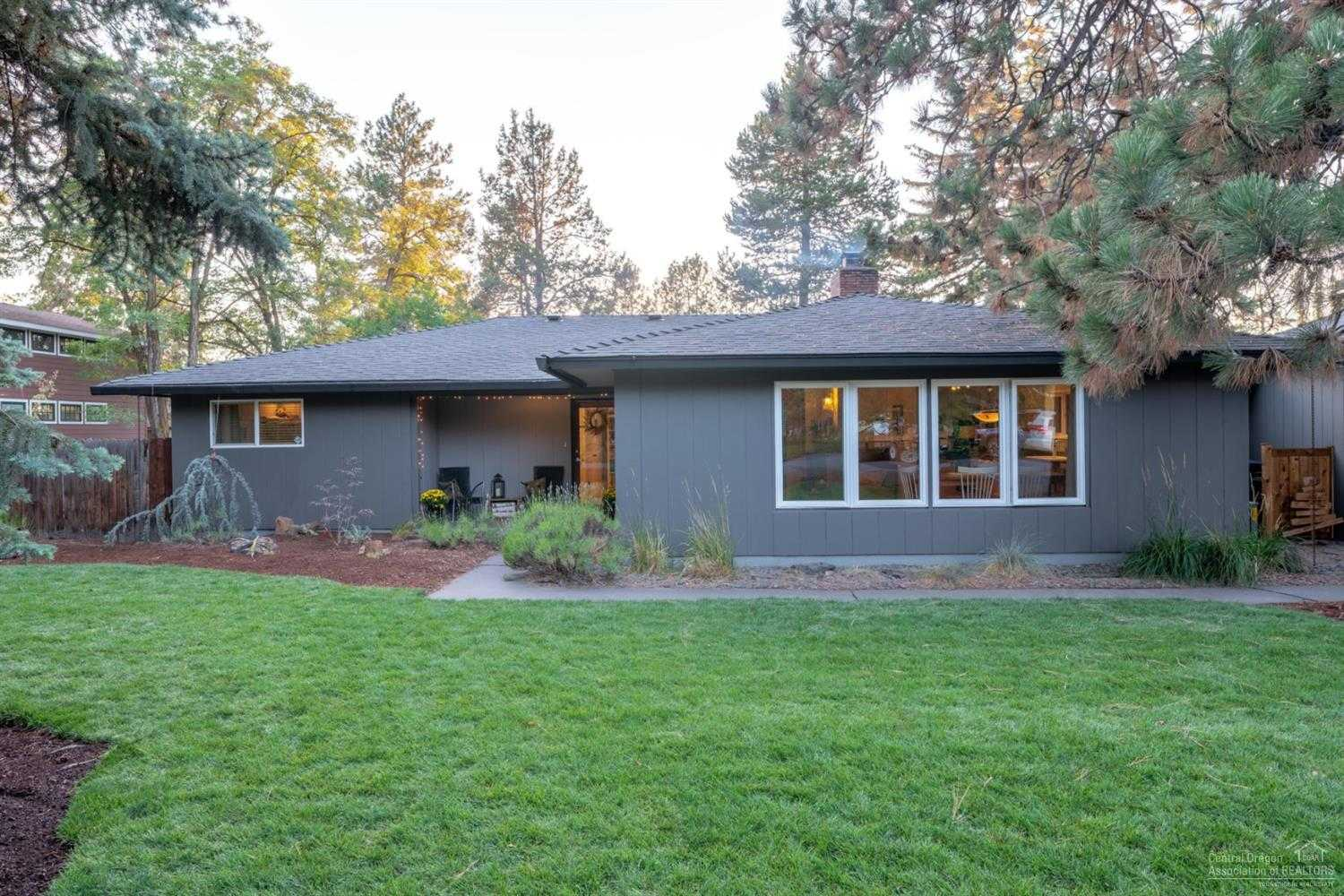 $499,000 - 4Br/3Ba -  for Sale in Bend