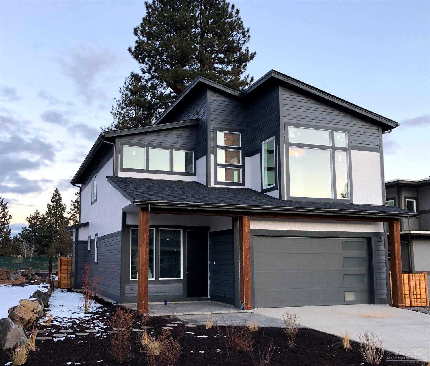 $499,990 - 3Br/3Ba -  for Sale in Bend