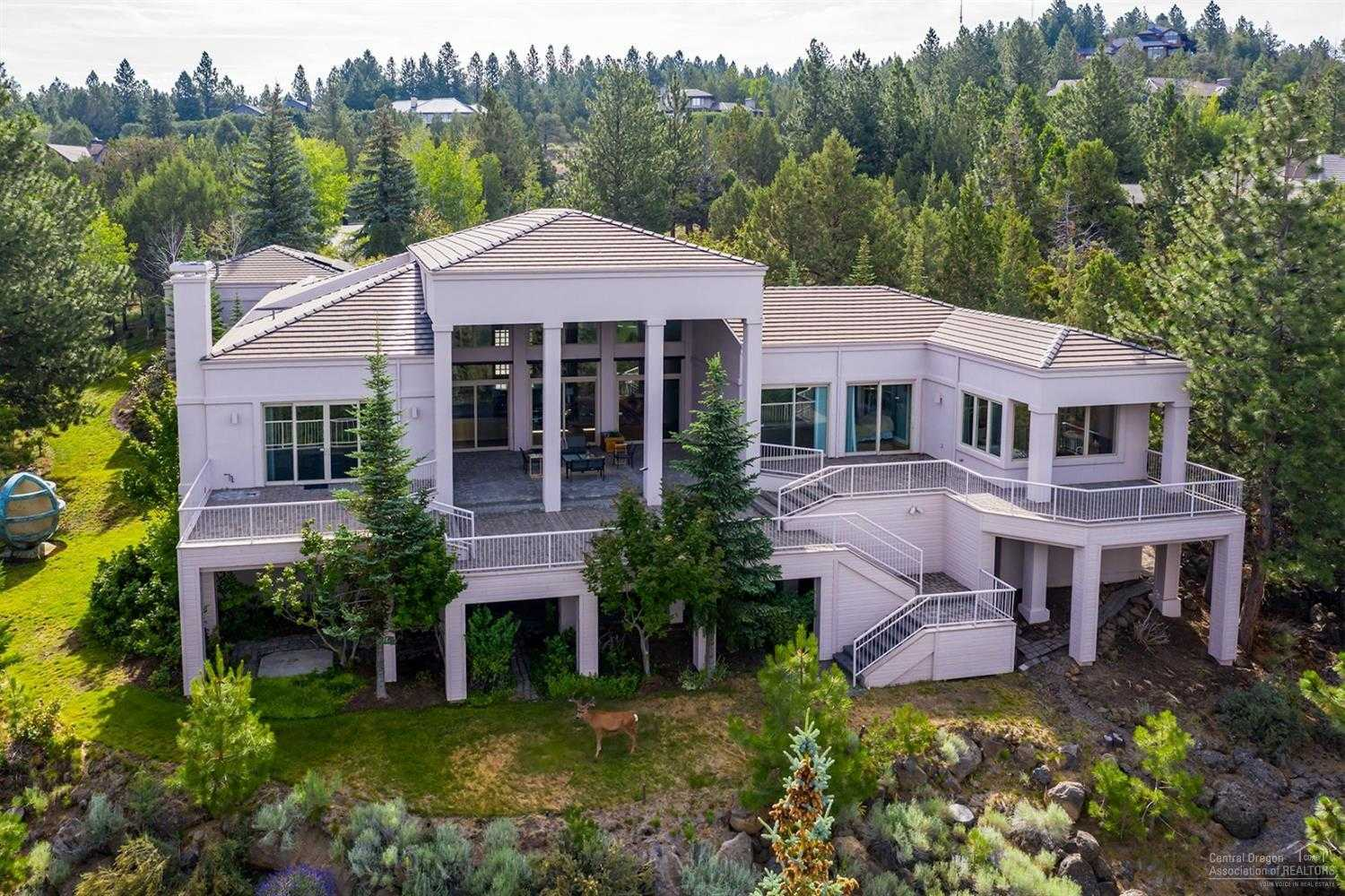 $2,150,000 - 4Br/6Ba -  for Sale in Bend