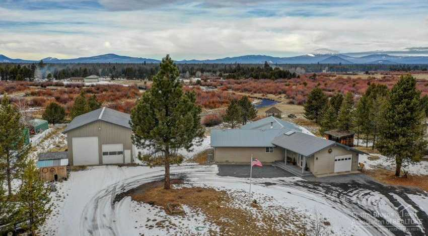 $525,000 - 3Br/3Ba -  for Sale in La Pine