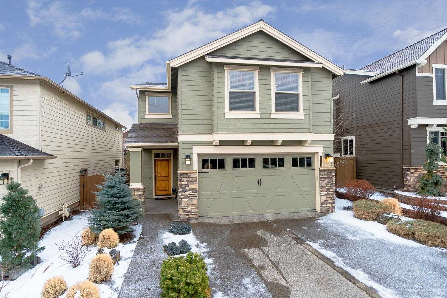 $435,000 - 4Br/3Ba -  for Sale in Bend